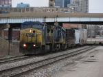 CSX 7815 has just passed under 131 as it pulls Q326 east